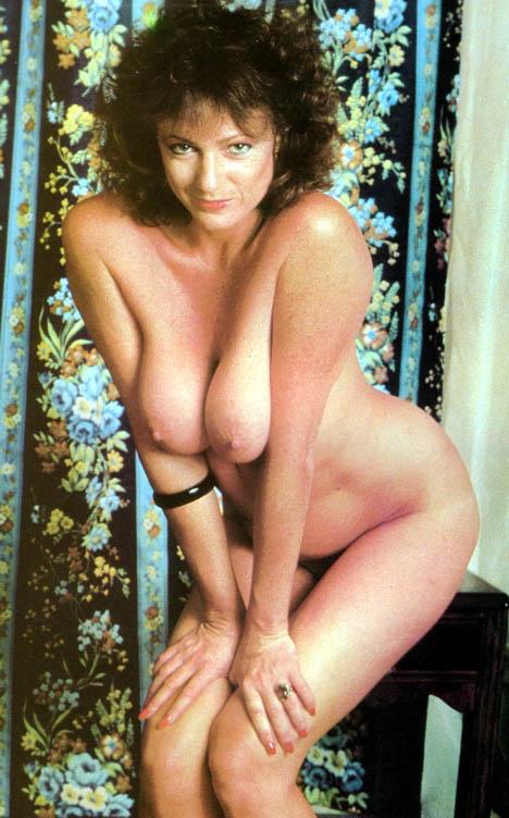 aviva baumann naked