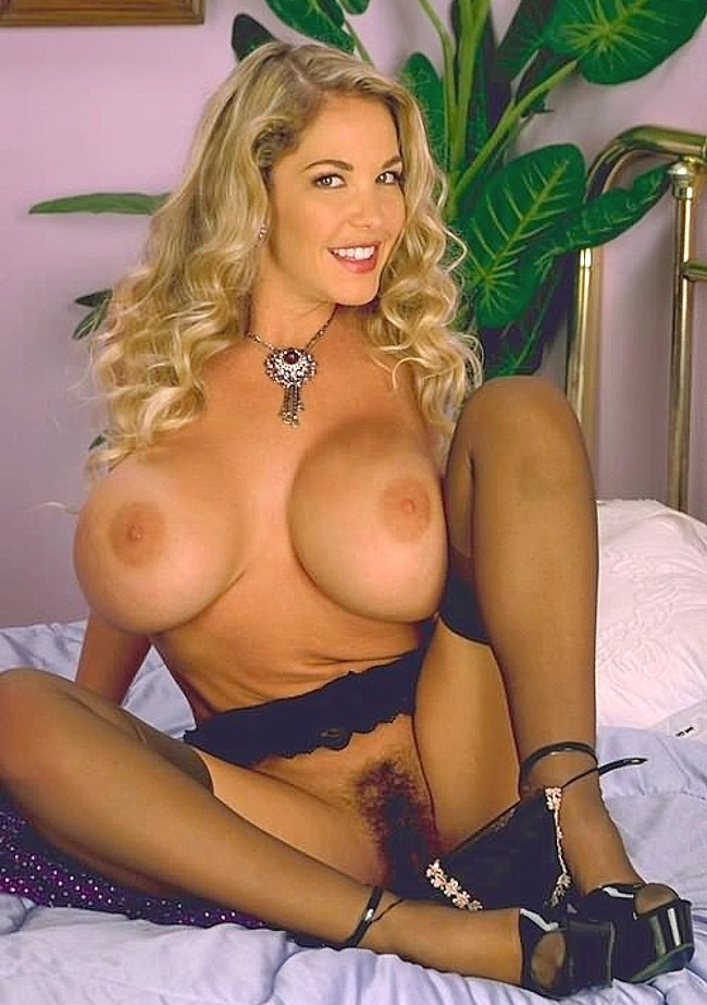 free pics non nude amateur chicks